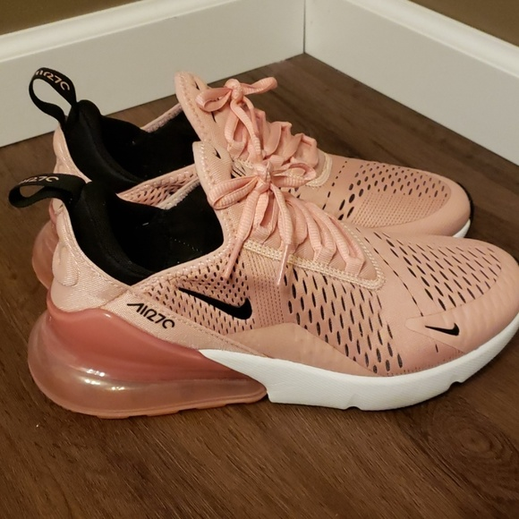 the best attitude cb61d 6301a Nike AirMax 270 Coral Stardust 🌟